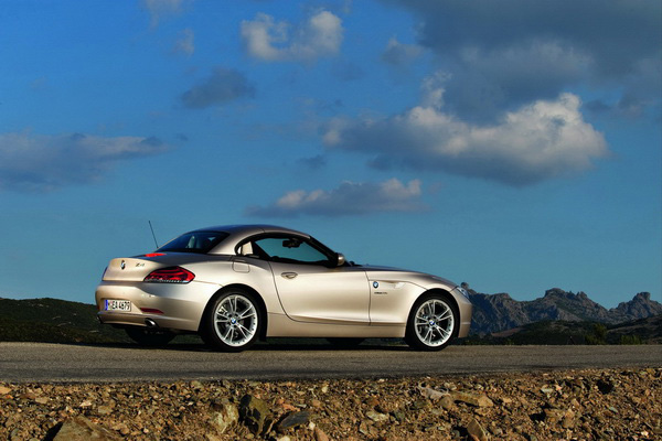 Luxury 2009 BMW Z4 Pictures