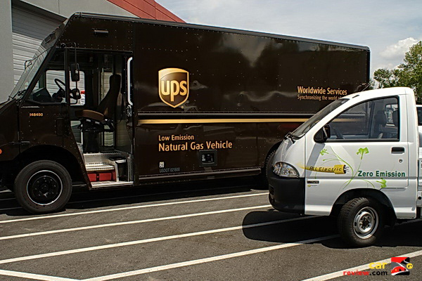 UPS_CNG_truck