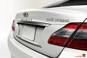 Infiniti M35 Hybrid rear deck