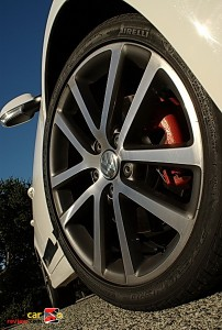 2010_VW_Jetta_TDI_CupEdition_03_400x600