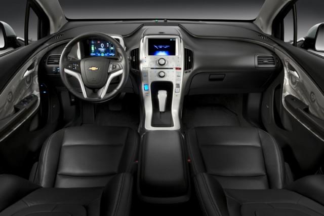 2011 Chevrolet Volt interior