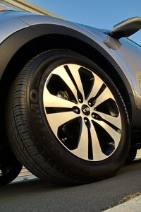 2011 Kia Sportage 18 inch alloy wheels