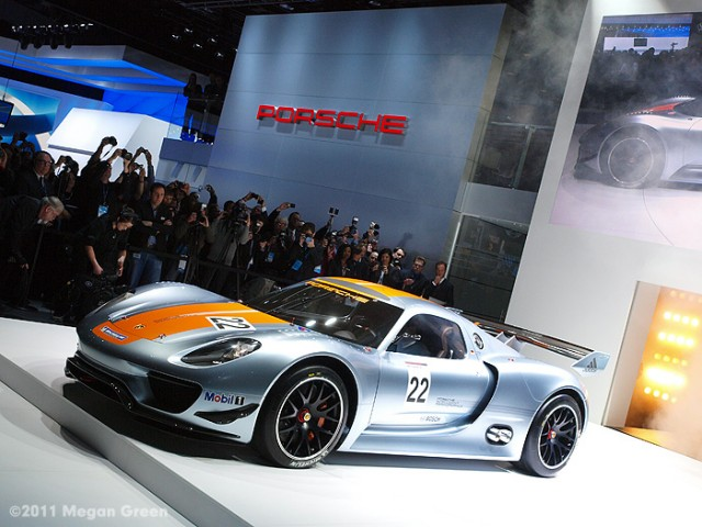 2011 Megan Green - Porsche 918 Spyder RSR at 2011 NAIAS