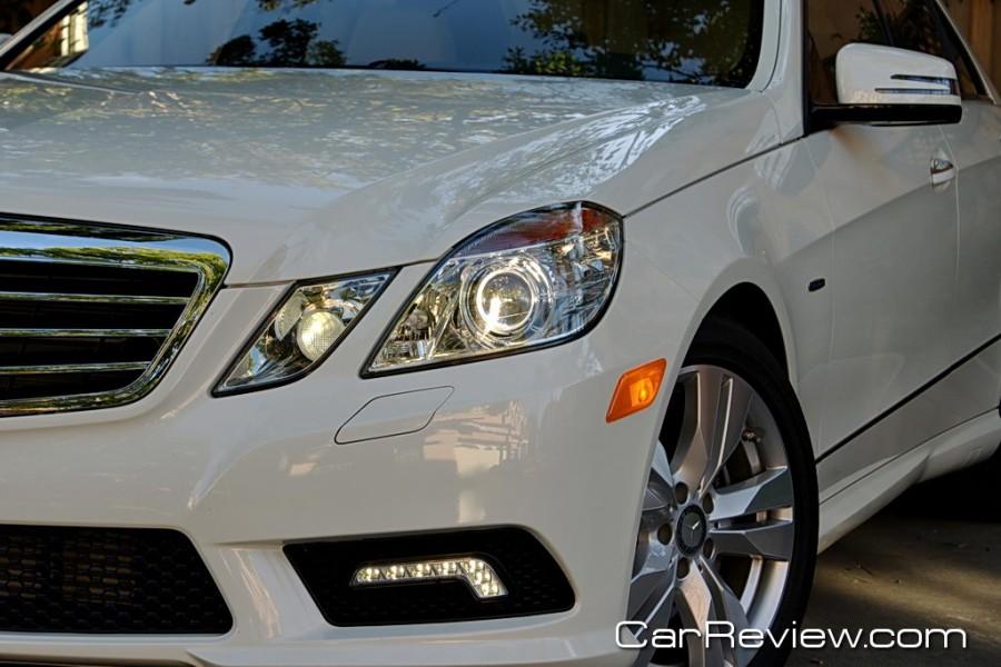 2011_MercedesBenz_E350_13