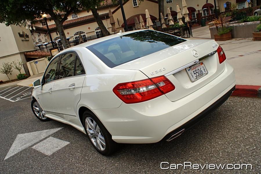 2011_MercedesBenz_E350_20
