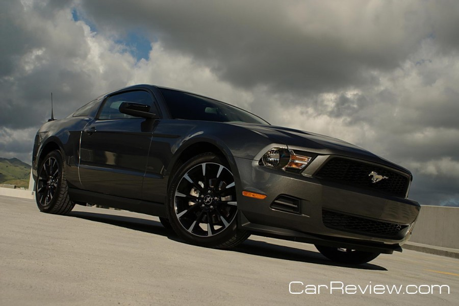 2011_ford_mustang_17