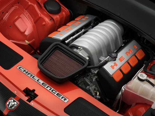 2008 Dodge Challenger SRT8 6.1-liter HEMI® V-8 engine