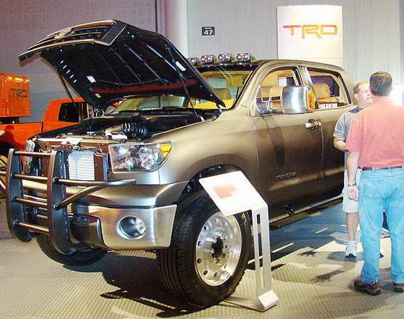 Toyota Tundra Dually Diesel at SEMA