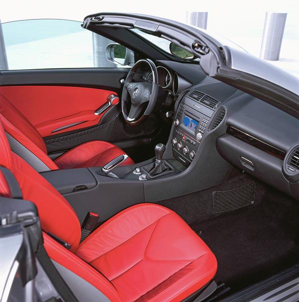 2008 Mercedes-Benz SLK interior