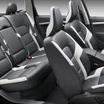 2009 Volvo V70 R-Design - interior