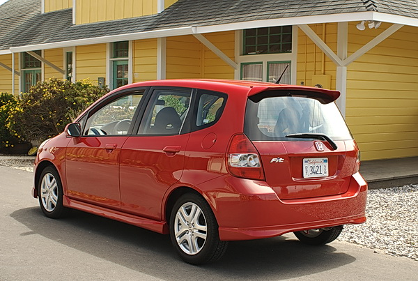 Honda Fit Mpg >> First Impressions 2008 Honda Fit Gets 39 Mpg Car Reviews And