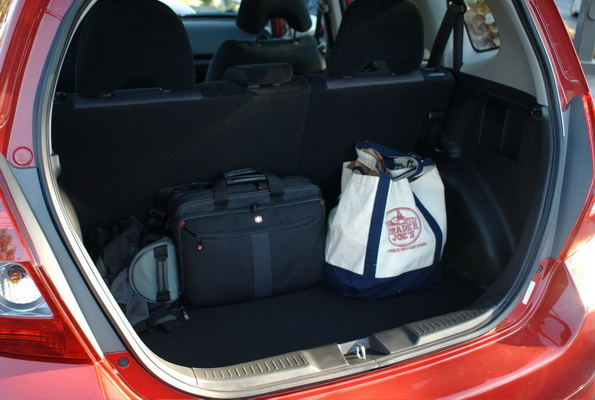 ... Honda Fit   Cargo Area ...
