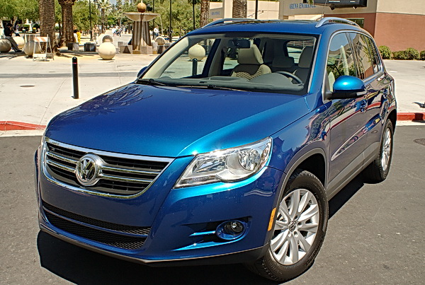 2009 volkswagen tiguan car reviews and news at. Black Bedroom Furniture Sets. Home Design Ideas