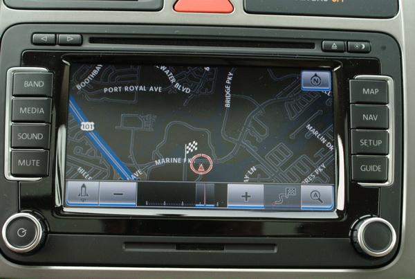 Volkswagen Tiguan - DVD navigation satellite system