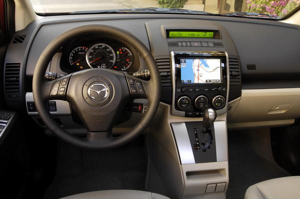 Mazda MAZDA5 interior