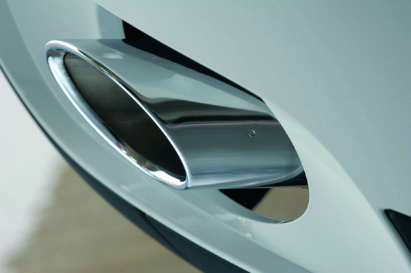 2008 BMW X6 exhaust pipe