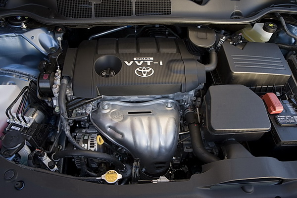 182 hp 2.7L DOHC 4-cylinder engine