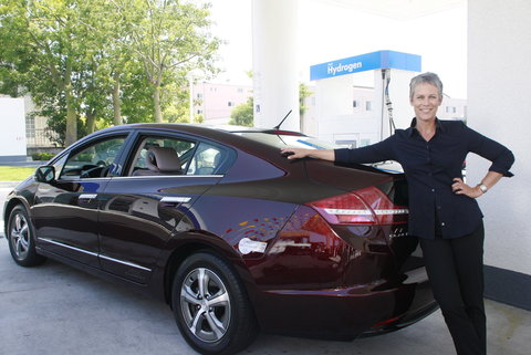 Honda FCX Clarity and Jamie Lee Curtis
