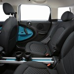 MINI Countryman rear seats