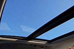 Cadillac CTS Sport Wagon UltraView Sunroof