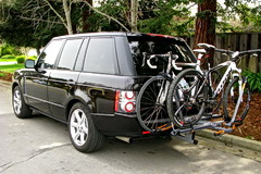2010 Range Rover with hitch rack
