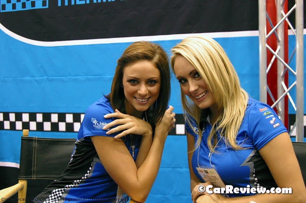 Girls of SEMA_2010_26