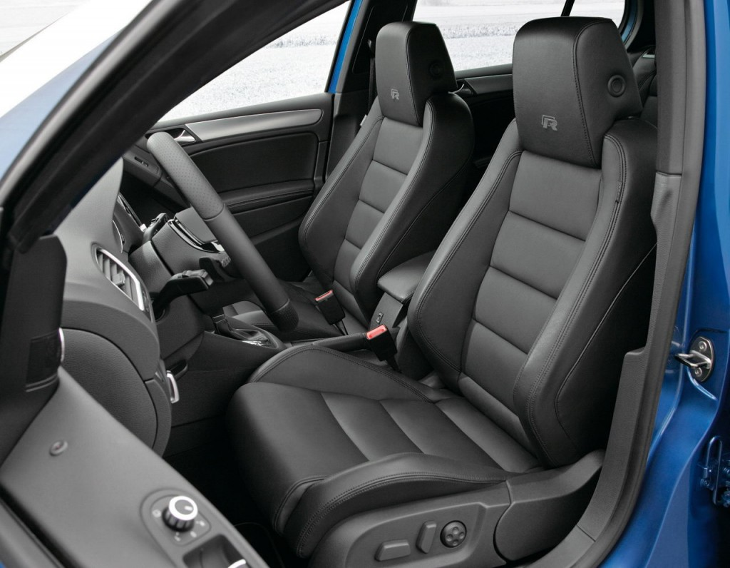 2011 VW Golf R - R Signature Seats