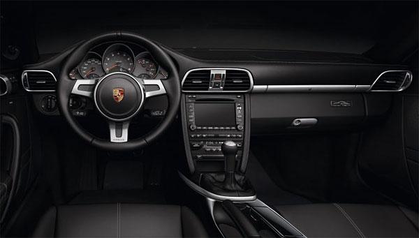 Porsche_911BlackEdition_interior