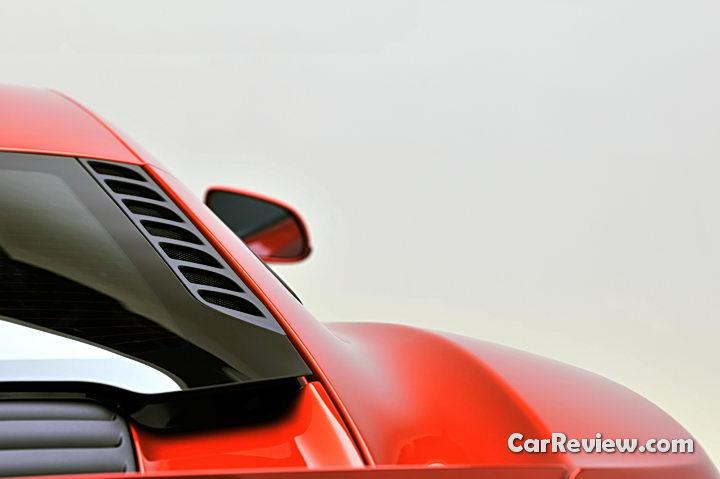 McLaren_MCP12C_15