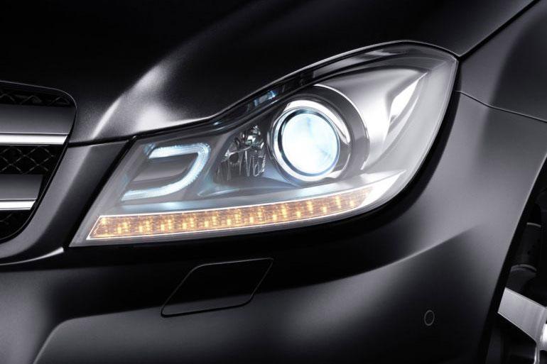 MercedesBenz-C-Class-Coupe-Headlights