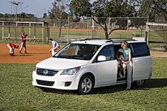2009 VW Routan minivan
