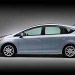 Toyota-Prius-Wagon-Side