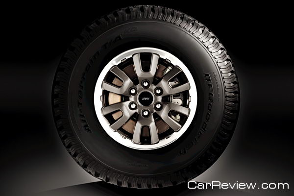2011 Ford F-150 SVT Raptor - SVT-tuned 35-inch BFGoodrich® All-Terrain TA/KO 315/70-17 tire