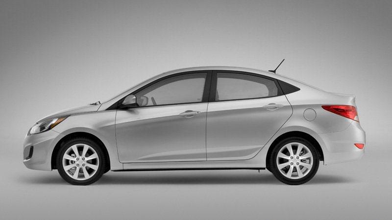 2012 Hyundai Accent Side