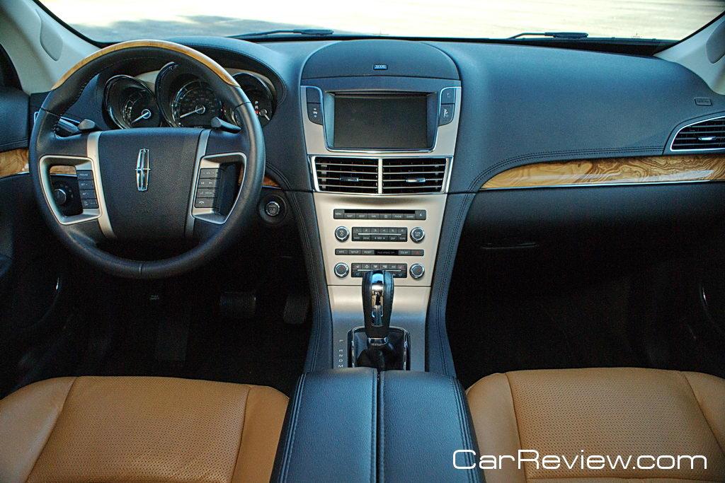 2011 Lincoln MKT interior