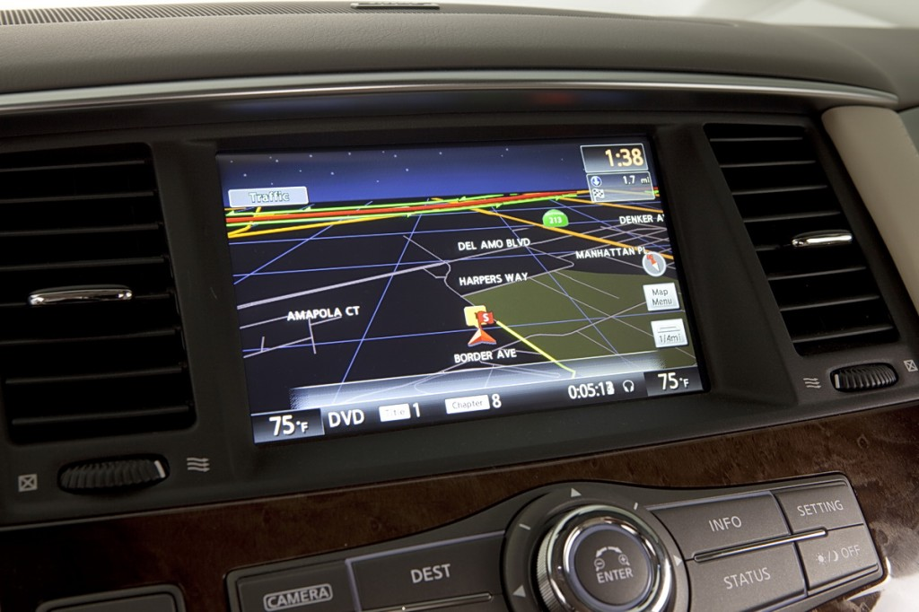 Infiniti QX56 8-inch WVGA color touch-screen display