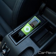 2012 Volkswagen Eos iPod interface
