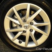2012 Toyota Prius 16 inch aluminum alloy wheel