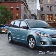 2011 Volkswagen Routan minivan