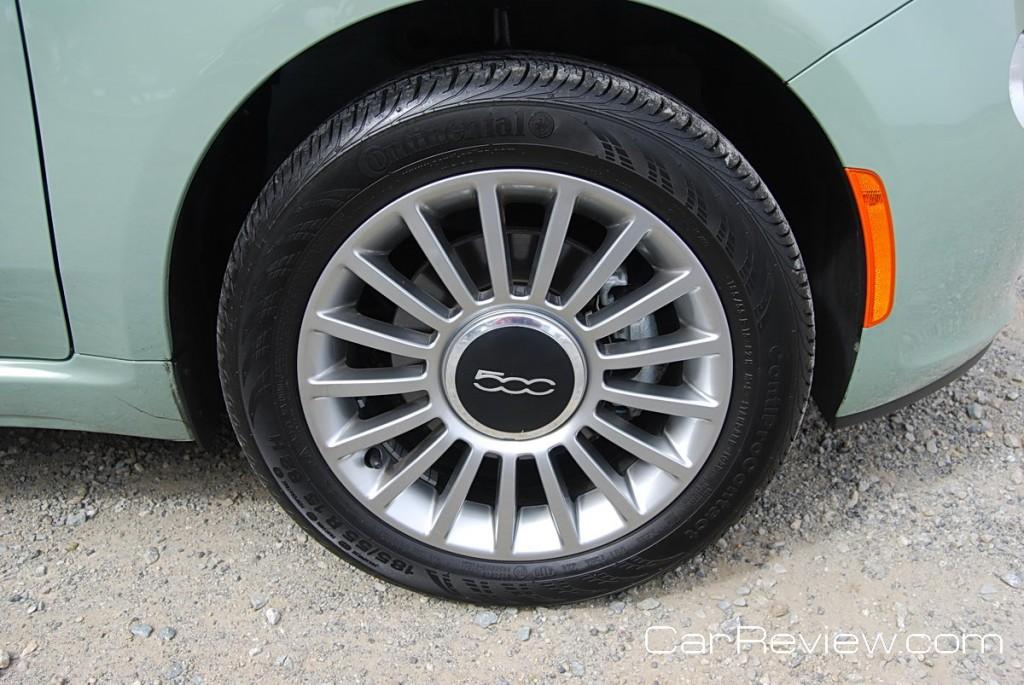 15-inch cast aluminum wheel