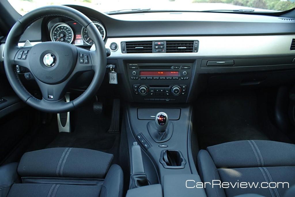 2011 BMW M3 interior