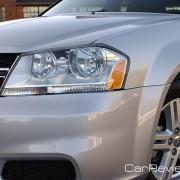 Dodge Avenger halogen headlights