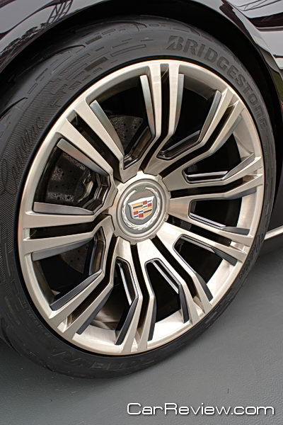 Cadillac Ciel Concept - 22-inch wheels