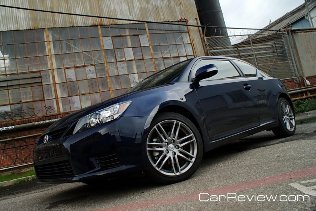 2011 Scion tC 18-inch alloy wheels