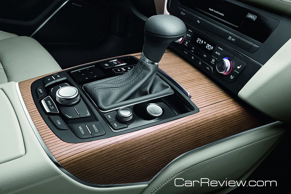 Eight-speed Tiptronic® automatic transmission