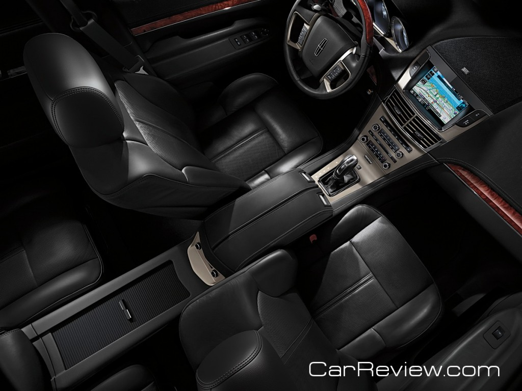 Trucks That Are Good On Gas >> 2012 Lincoln MKT Review – Big on the outside, big on the ...