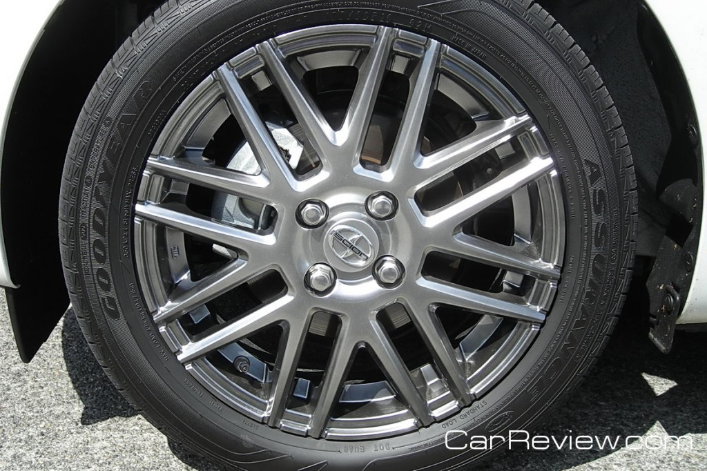 Scion iQ 16 x 5-inch wheels, 175/60R16 all-season tires