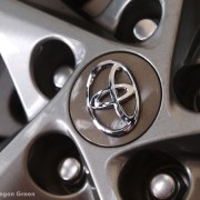2012 Toyota Camry SE wheel