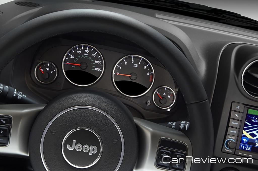 2011 Jeep Compass instrument cluster