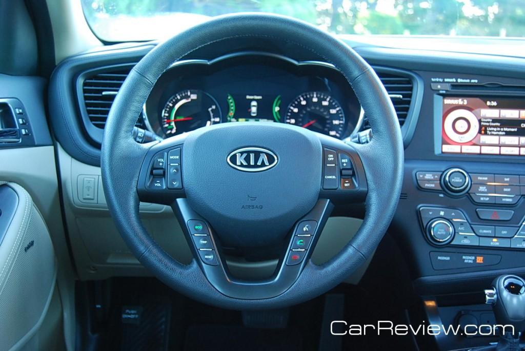 2011 Kia Optima Hybrid driver's seat